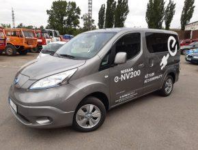 auto elektromobil elektrododávka elektrická dodávka Nissan eNV200 eValia