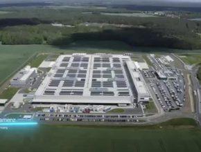 Závod pro výrobu akumulátorů v Kamenci postupně zvyšuje své kapacity