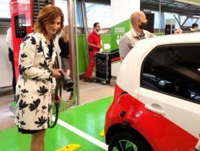 Teplárny Brno spustily tři veřejné rychlodobíjecí stanice pro elektromobily