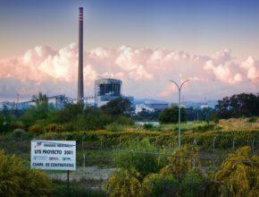 uhelná elektrárna Španělsko - Central térmica de los Barrios v provincii Cádiz