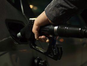 Zatímco spotřebu benzínu a nafty koronavirus omezil, alternativním plynným palivům se daří