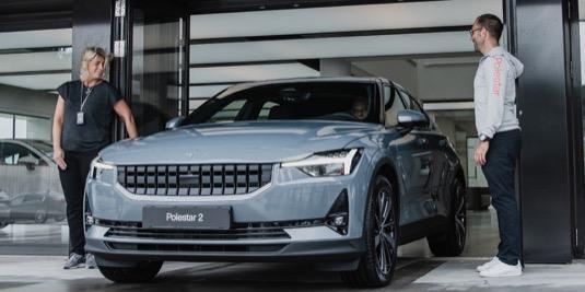 auto elektromobil Polestar 2 Volvo první dodávka