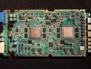 auto elektromobily Tesla čip hardware karta robotické řízení