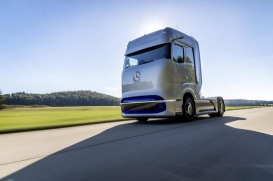 Vývojáři společnosti Daimler Trucks vzali pro GenH2 Truck za základ vlastnosti konvenčního nákladního vozidla pro dálkovou dopravu Mercedes-Benz Actros, a to především z hlediska tažné síly, dojezdu a výkonnosti.
