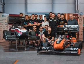 Studentský tým představil na Fakultě elektrotechnické ČVUT v Praze první samořiditelné elektrické formule
