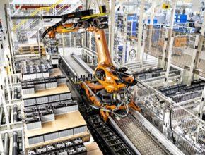 Inovativní koncept umožní zavedení efektivnějších výrobních postupů a zvyšuje bezpečnost práce. Nasazení robota je s drobnými změnami možné i na dalších sekvenčních pracovištích.