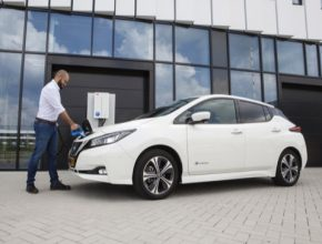Toto řešení má potenciál generovat až 20 EUR / elektromobil/měsíc, čímž se snižují celkové náklady spojené s vlastnictvím elektromobilu a podporuje další rozvoj elektromobility. Obousměrné nabíjecí stanice tak budou schopné vyrovnávat nerovnoměrné dodávky elektřiny z obnovitelných zdrojů, jako je sluneční a větrná energie.