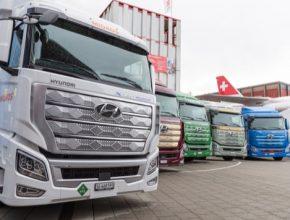 Kapacita výroby modelu XCIENT Fuel Cell dosáhne 2000 vozů ročně již v roce 2021, aby byla v rámci expanze do Evropy, USA a Číny uspokojena rostoucí poptávka po řešeních zajišťujících čistou dopravu.