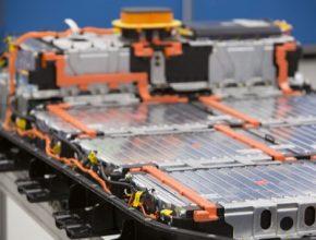 auto elektromobil LG Chem baterie pack