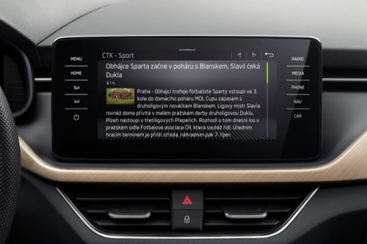 Uživatelé ŠKODA Connect si mohou aplikace zdarma stáhnout a nainstalovat si je do vozu.
