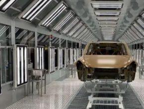 auto elektromobily výroba Tesla Model Y gigatovárna Šanghaj
