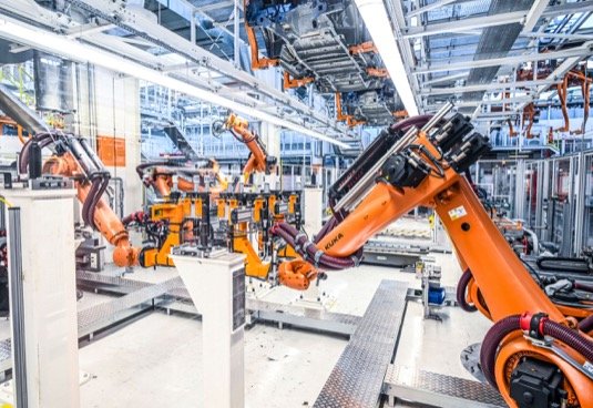 Vytížení závodu zajistí tři nová SUV segmentu D pro koncernové značky. Probíhá investice do výrobního závodu ve výši 680 milionů eur.