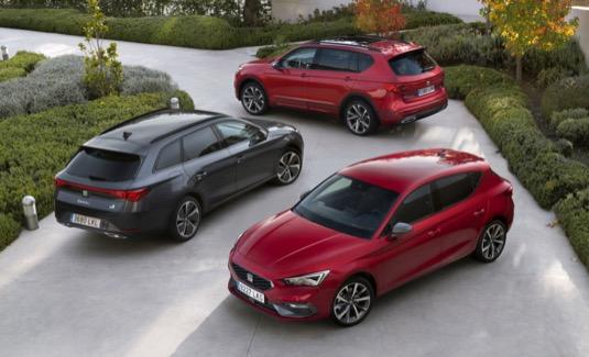 Velké SUV španělské značky kombinuje motor TSI s elektromotorem a nabízí celkový nejvyšší výkon 245 k (180 kW) a točivý moment 400 N.m.