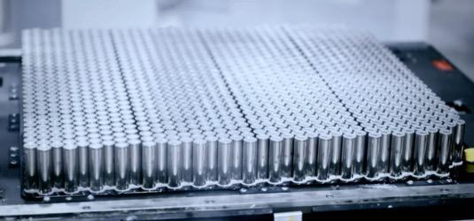 bateriové články Tesla Panasonic