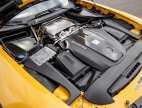 Výměnou za přístup k novým technologiím a komponentům dostane Mercedes-Benz nové akcie Aston Martinu; dodávka technologií i komponent proběhne na základě odsouhlasených obchodních podmínek.