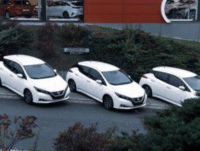 V nejbližší době bude předáno městu dalších 13 automobilů, celkem 27 nových elektrovozidel bude stát téměř 20 milionů korun.