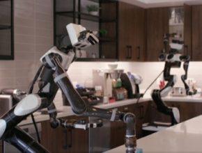 Japonská automobilka nyní mohutně investuje do robotiky a umělé inteligence, a nejen pro potřeby autonomních vozů.