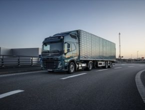 Aktivity komerčního sektoru by měl stát podpořit vytvořením podmínek pro rozvoj LNG v nákladní silniční dopravě v ČR
