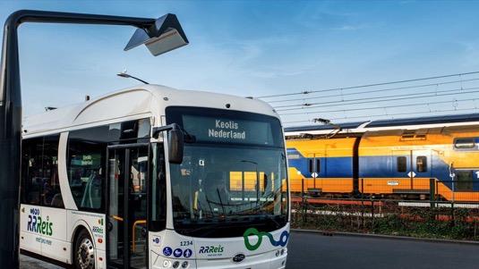 Nové elektrobusy uz jsou v ostrém provozu.