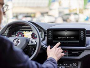 Jakmile se řidič zaregistruje do aplikace Marketplace, program analyzuje jeho návyky, trasy a každodenní rytmus. Poté mu sestaví nabídky na míru - přizpůsobené jízdní situaci, ročnímu období nebo dokonce počasí.