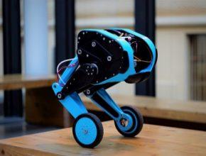 Koncept převzatý z univerzity ETH Zürich, ale zcela originální provedení s použitím běžně dostupných technologií a součástek. Tak vypadá nový experimentální robot s názvem SK8O ('Skejto') vytvořený na půdě katedry řídicí techniky Fakulty elektrotechnické ČVUT, který dokáže balancovat na dvou nohách s kolečky.