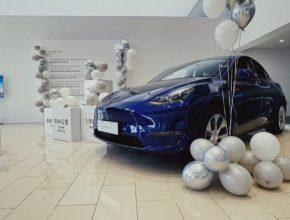 auto Tesla Model Y MIC Čína dodávky 2021