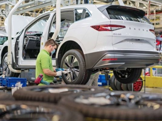 auto elektromobily výroba Škoda Enyaq iV