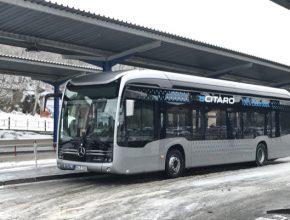 Dopravní uskupení ICOM transport a.s. provozuje 800 autobusů, 300 souprav nákladních vozidel a zaměstnává 1800 zaměstnanců.