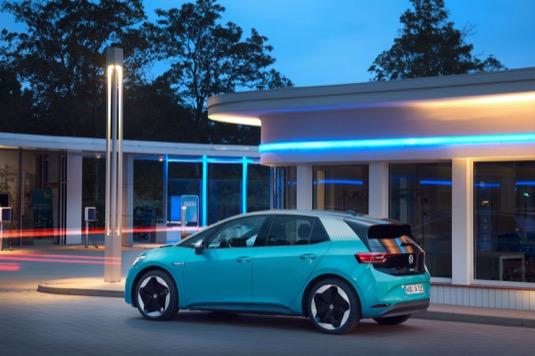 Volkswagen se intenzivně zabývá zásadními tématy budoucnosti – digitalizací, novými obchodními modely a autonomní jízdou