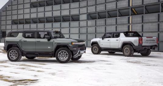 Nový elektrický Hummer půjde na trh nejprve jako pick-up, posléze také jako SUV.
