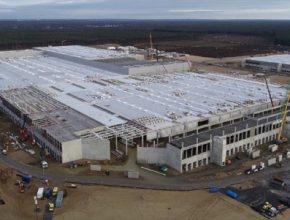 auto Tesla továrna Gigafactory Berlín Grunheide Giga