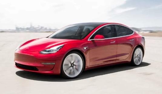 auto elektromobil Tesla Model 3
