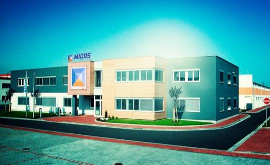 Nabíječky VOLTDRIVE vznikají pod jednou střechou s výrobky MICOS