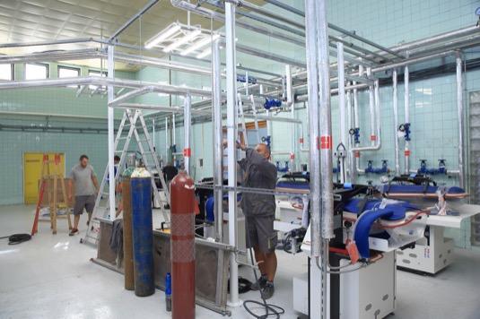emocnice díky změnám v energetickém hospodaření ušetří na provozních nákladech ročně až 780 tisíc eur (cca 20 mil. korun), rozsahem tak jde o největší projekt svého druhu na Slovensku.