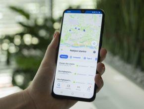 Součástí aplikace je také mapa s nabíjecími místy pro elektromobily. Novinkou je, že aplikace Citymove nyní využívá umělou inteligenci ke zprostředkování nabídek na chytré telefony zákazníků prostřednictvím push oznámení.