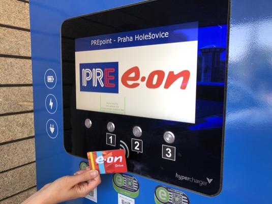 Společnosti E.ON a PRE spustily roaming pro nabíjení elektromobilů.