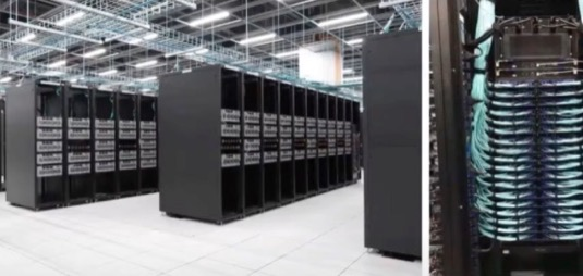 Superpočítač Tesla Dojo, na kterém americký výrobce elektromobilů trénuje svou neuronovou síť pro plně robotické řízení.