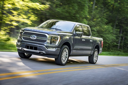 Ford nahradí naftovou verzi svého legendární pickupu hybridem
