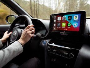 Mapy budou obsahovat aktuální informace o jízdních pruzích, dopravních značkách, semaforech, zatáčkách i povrchu vozovky