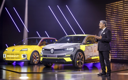 Renault eWays ElectroPop je název strategie, která předvídá nevídaný rozmach skupiny Renault v oblasti elektrických vozů nabídne konkurenceschopné, udržitelné a populární elektrické vozy.