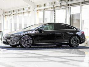 Elektromobil Mercedes-Benz EQS je první