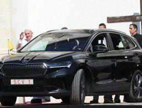 Od 12. do 15. září 2021 je papež František na pozvání prezidentky Zuzany Čaputové na návštěvě Slovenska. foto: Škoda Auto