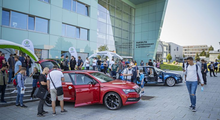 Škoda Auto dlouhodobě podporuje technické vzdělávání jako součást své společenské odpovědnosti. foto: Škoda Auto