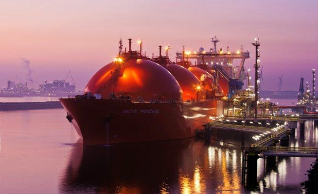 Loď Arctic Princess určená pro přepravu LNG, tedy zkapalněného zemního plynu. Podobné by měly v budoucnu přepravovat také zkapalněný vodík. foto: Gate LNG