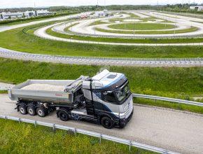 Daimler Truck obdržel homologaci pro silniční provoz nákladního vozidla s palivovými články