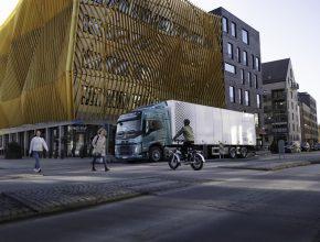 Severní Evropu bude nově brázdit stovka elektrických nákladní aut značky Volvo. foto: Volvo