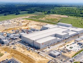 Továrna SK Innovation v Polsku na výrobu separátorů pro baterie do elektromobilů. foto: SK Innovation
